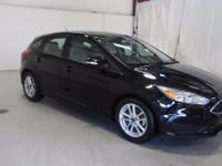 2016 Ford Focus SE Clean CARFAX. Vehicle Detailed.