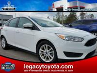 CARFAX One-Owner. Clean CARFAX. Focus SE, 4D Hatchback,