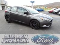 Options:  2016 Ford Focus Se|Gray/Gray|V4 2.0 L