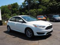 **PRICE DROP**2016 Ford Focus SE New Price! CARFAX