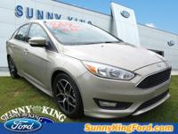 Options:  2016 Ford Focus 4Dr Sdn Se|Roof - Power