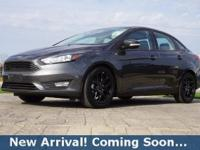 2016 Ford Focus SE in Magnetic, This Focus comes with