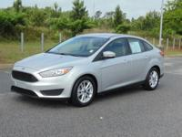 Options:  2016 Ford Focus 4Dr Sdn Se Used|Silver