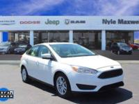 2016 FORD FOCUS SE IN OXFORD WHITE!!  MAXWELL FOREVER
