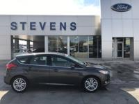 2016 Ford Focus Titanium FWD 6-Speed Automatic with