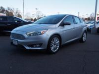CARFAX 1-Owner, Very Nice. FUEL EFFICIENT 38 MPG Hwy/26