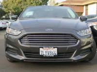 Options:  2016 Ford Fusion S|Gray/|V4 2.5 L