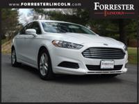 ***SUPER LOW MILES***2016 Ford Fusion SE, Oxford White,