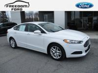 6-Speed Automatic FWD 2016 Ford Fusion CLEAN CAR FAX