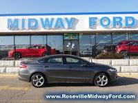 Ford Fusion SE AWD, Grey with Black Cloth, SE
