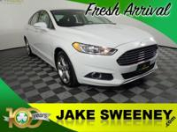 Clean CARFAX. 6-Speed Automatic. 34/22 Highway/City