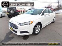 ** POWER SUNROOF **. Fusion SE, 2.5L iVCT, 6-Speed