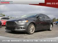 2016 Ford Fusion SE Sedan, *** 1 FLORIDA OWNER ***
