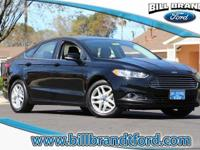 Options:  2016 Ford Fusion Se 4D Sedan|Appearance