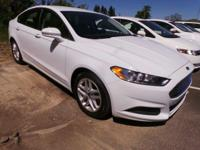 Come see this 2016 Ford Fusion SE. Its Automatic