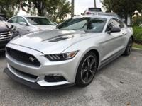 Mustang GT Premium California Edition, 5.0L V8 Ti-VCT,