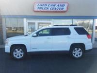 EPA 32 MPG Hwy/22 MPG City! GMC Certified, LOW MILES -