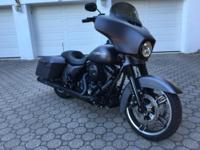 2016 STREET GLIDE SPECIAL WITH LESS THAN 500 MILES