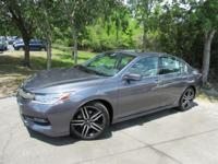 Options:  2016 Honda Accord Touring|This 2016 Honda
