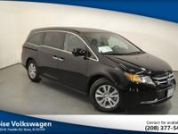 New Price! CARFAX One-Owner. *MOONROOF SUNROOF*,