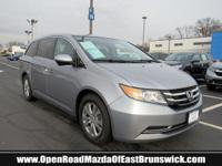 EPA 28 MPG Hwy/19 MPG City!, PRICED TO MOVE $1,500