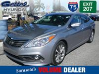 ** Low Miles **, ** Clean Carfax **, ** Navigation **,