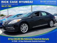 2016 Hyundai Azera Limited  in Black and 20 year or