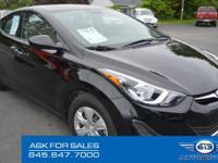 New 2016 *Hyundai Elantra SE*  THIS ONE OWNER CLEAN
