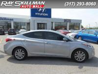 SE trim. FUEL EFFICIENT 38 MPG Hwy/28 MPG City! CD