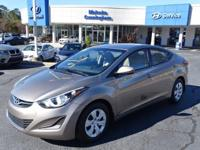 Come see this 2016 Hyundai Elantra SE. Its Automatic