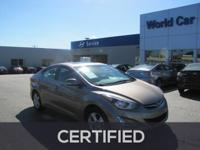 FUEL EFFICIENT 38 MPG Hwy/28 MPG City! CARFAX 1-Owner,