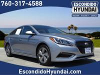 Come see this 2016 Hyundai Sonata Plug-In Hybrid STD.