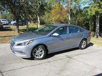 This 2016 Hyundai Sonata 4dr 4dr Sedan 2.4L SE features