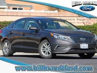Options:  2016 Hyundai Sonata Se 4D Sedan|6