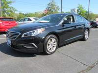 Your search is over with this 2016 Hyundai Sonata. This