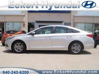 2016 Sonata SE in Symphony Silver with Gray cloth with