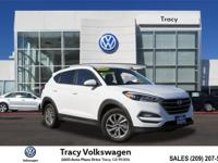 Options:  2016 Hyundai Tucson Se|White|Carfax