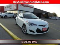 CENTURY WHITE exterior and BLACK interior, Veloster