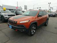 Trailhawk trim. FUEL EFFICIENT 26 MPG Hwy/19 MPG City!