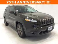 Options:  2016 Jeep Cherokee Latitude|Green|75Th