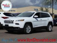 Clean CARFAX. CARFAX One-Owner.  2016 Jeep Cherokee
