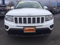 CHRYSLER CERTIFIED !! Features include heated seats,