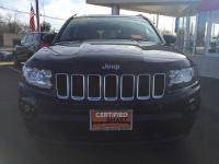 CHRYSLER CERTIFIED !! Great deal on this 4WD Compass