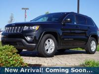 2016 Jeep Grand Cherokee Laredo in Brilliant Black