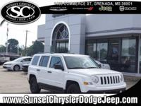Bright White Clearcoat 2016 Jeep Patriot Sport FWD