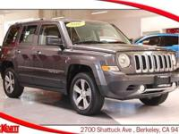 4 WHEEL DRIVE - NAVIGATION - BACKUP CAMERA - LEATHER -