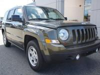 2016 Jeep Patriot fwd one owner super low miles and