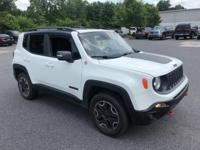 Alpine White 2016 Jeep Renegade Trailhawk 4WD 9-Speed