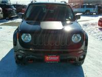 Trailhawk trim. EPA 29 MPG Hwy/21 MPG City! Back-Up