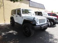 2016 Jeep WRANGLER UNLIMITED ** 4x4 ** 4DR Hard Top **